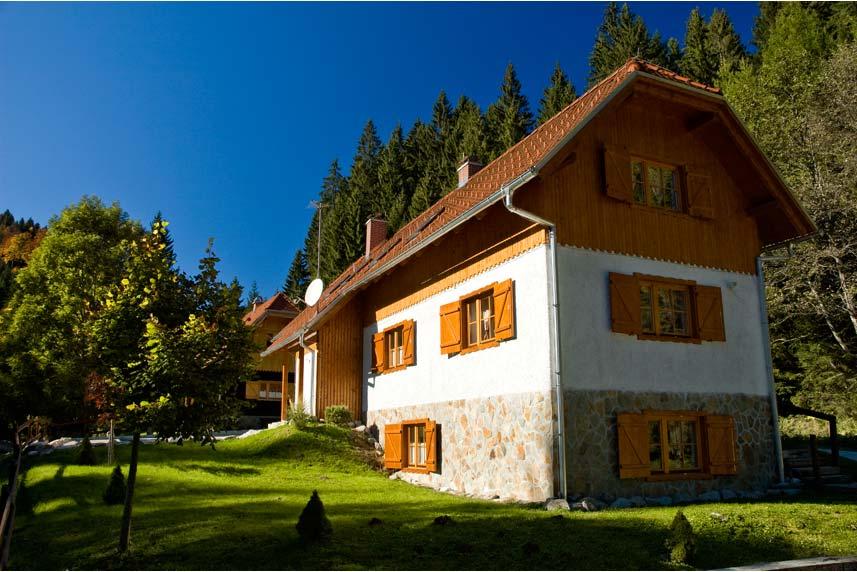 Pohorska hiša 2